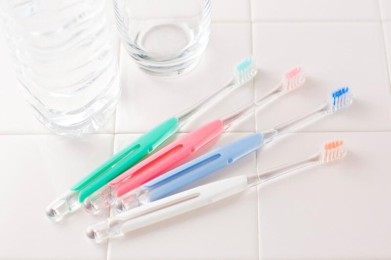 歯周病と虫歯は、歯を失う原因の1位・2位